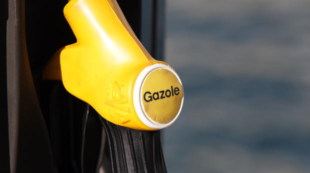 [Topicafrime] Vos derniers achats ? - Page 4 Gazole-essence-station-pompe-auto