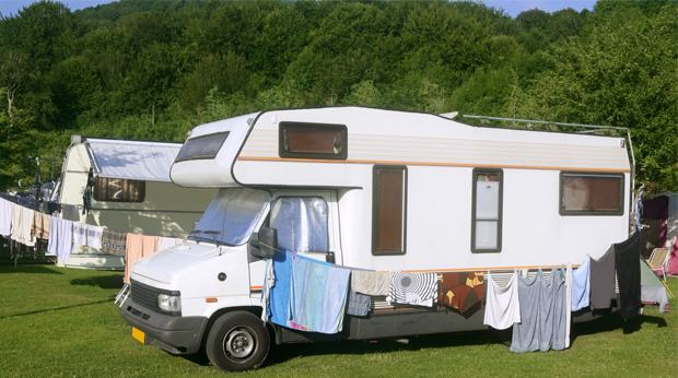 reportage assurance caravane et camping car attention aux d tails. Black Bedroom Furniture Sets. Home Design Ideas