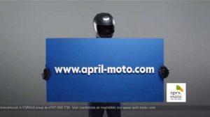 April Moto se fait connaître tout en humour