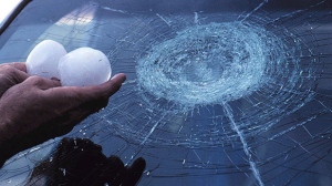 Intempéries : la grêle, catastrophe la plus coûteuse pour les assureurs