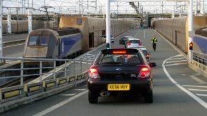 Assurance auto : Des réductions de tarifs quand la voiture prend le train