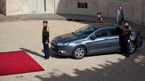 Auto : L'Elysée paye plus de 100.000 euros d'assurance chaque année