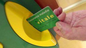 Vidéo : Comment fonctionne ma carte vitale ? Obtention, perte, renouvellement…