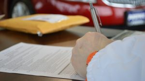 Questions d'assurés : Laurence a vu son contrat résilié par son assureur après une succession de sinistres…