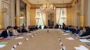 Remaniement : Arnaud Montebourg, en charge des dossiers assurances