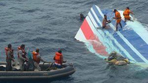 Crash Air France 447 : A la demande des familles de victimes, de nouvelles recherches de l'épave entamées