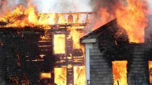 Incendie / Cavaillon : Les dégâts provoqués par le feu sont restés limités dans un lotissement