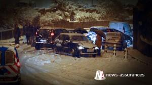 Neige et verglas : 15.000 véhicules bloqués en Savoie, un mort en Isère