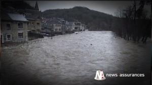 """Intempéries sur la Côte d'Azur: les assureurs promettent """"d'accélérer les  procédures d'indemnisation"""""""