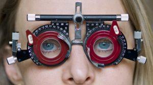 Optique : Une association équipe les seniors défavorisés avec un « pass lunettes »