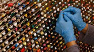 Santé : Faut-il vendre plus de médicaments génériques ?