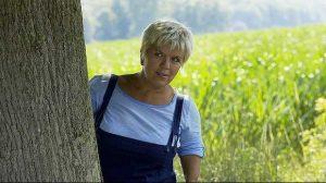 Mimie Mathy embauchée chez Europ Assistance…