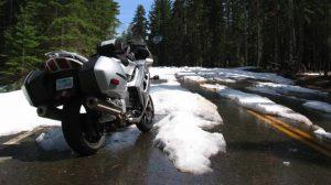 Prévention / Neige : Mise en garde des motards contre le risque de routes verglacées