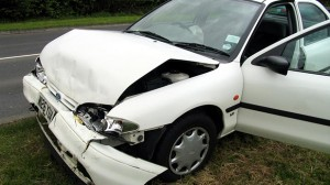 Assurance Auto : 9 conducteurs sur 10 préfèrent souscrire en agence