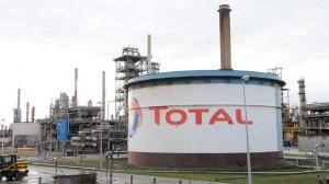 Un blessé suite à une fuite toxique dans une raffinerie Total, quelle indemnisation ?