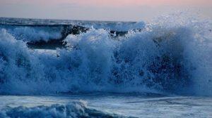 Météo France : Deux départements de la côte atlantique en alerte orange Vagues-submersion