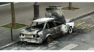 Que faire pour un véhicule détruit par le feu