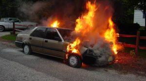 Comment est-on indemnisé en cas d'incendie de son véhicule le soir de la Saint-Sylvestre ?